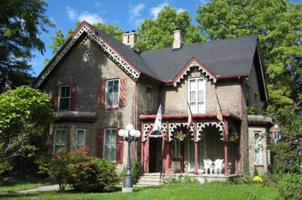 experience cobourg, experiences, heritage walking tour, cobourg, 465 george street, photo